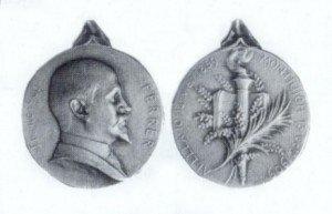 Fig. 1. Anvers i revers de la medalla de Godefroid Devreese