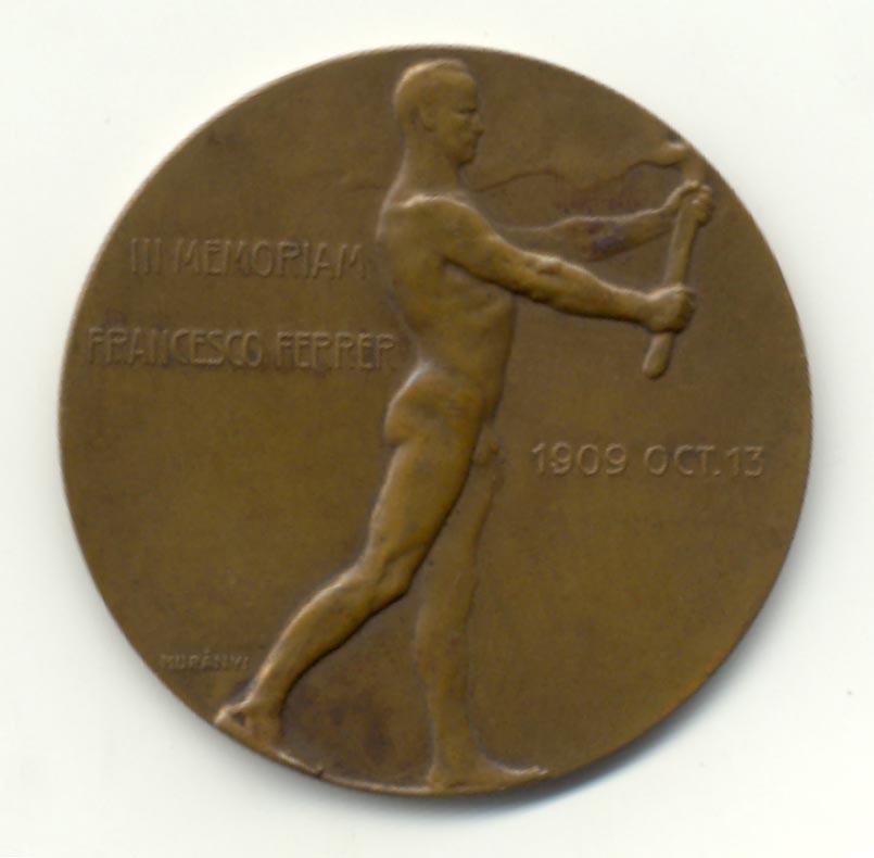 Fig. 5. Anvers i revers de la medalla de F. Calci. Metall blanc, Ø = 60 mm. Cortesia de Jesús Olano.
