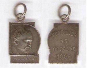 Fig. 2: Anvers i revers de la medalla de Le Roux