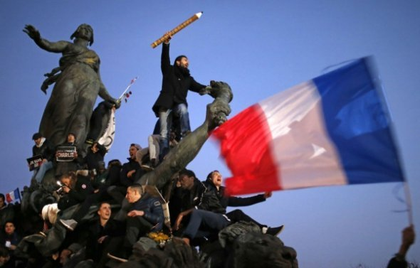 Marche-republicaine_pics_590